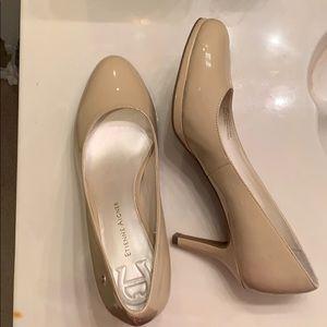 Etienne Aigner size 9 beige heels - like new!